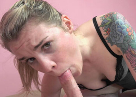 Blonde slut Ray Ray's giving a sloppy blowjob